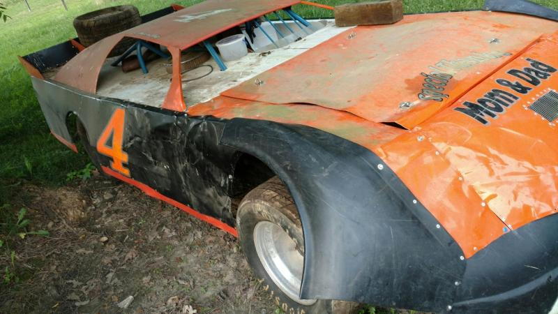 2006 Bullet With Winters Quick Change Stock Race Car For