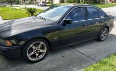 BMW 525i 2003 main photo